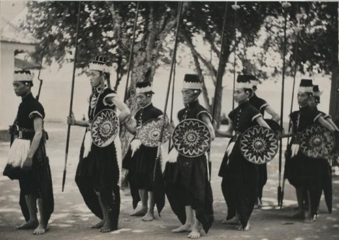 PaleiswachtenJogja1930